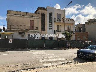 https://www.ragusanews.com//immagini_articoli/15-01-2020/muraglie-il-cantiere-rifornimento-non-riaprira-240.jpg