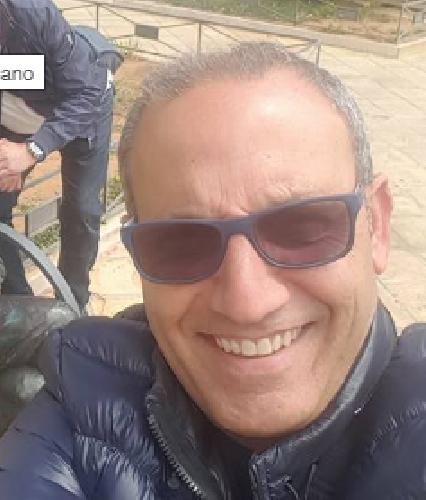 https://www.ragusanews.com//immagini_articoli/15-02-2018/morto-papa-deborah-iurato-salvatore-500.png