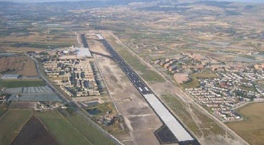 https://www.ragusanews.com//immagini_articoli/15-02-2019/aeroporto-comiso-catania-compra-quote-500.jpg