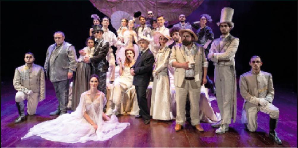 https://www.ragusanews.com//immagini_articoli/15-02-2019/luna-pazza-pirandello-teatro-garibaldi-modica-500.png