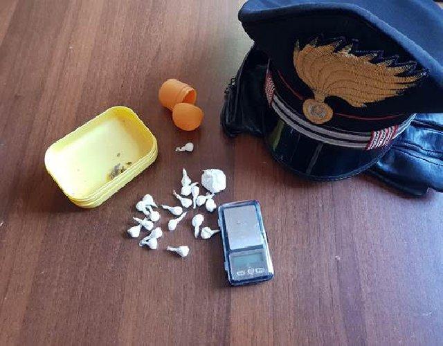 https://www.ragusanews.com//immagini_articoli/15-02-2020/la-droga-per-san-valentino-arrestato-500.jpg