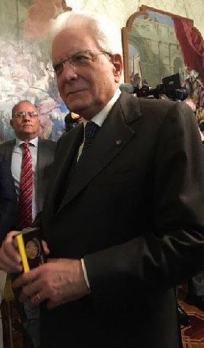 https://www.ragusanews.com//immagini_articoli/15-02-2020/matterella-col-sesamo-di-ispica-500.jpg