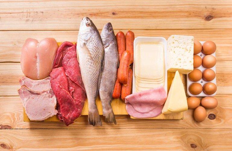https://www.ragusanews.com//immagini_articoli/15-02-2021/dieta-chetogenica-dimagrire-eliminando-i-carboidrati-come-500.jpg