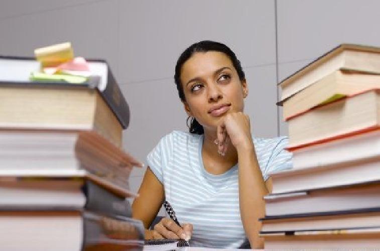 https://www.ragusanews.com//immagini_articoli/15-03-2011/universita-antoci-insiste-per-il-quarto-polo-universitario-siciliano-500.jpg