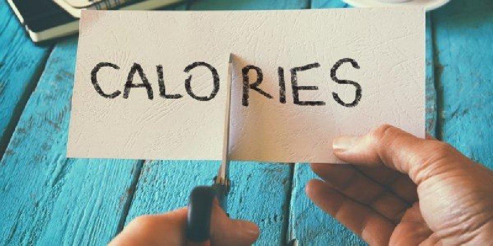 https://www.ragusanews.com//immagini_articoli/15-03-2019/riduci-calorie-vita-allunga-500.jpg