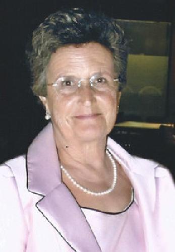 http://www.ragusanews.com//immagini_articoli/15-04-2014/giarratana-ha-salutato-il-suo-primo-sindaco-donna-500.jpg