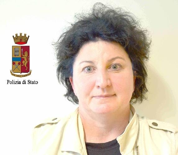 https://www.ragusanews.com//immagini_articoli/15-04-2014/truffa-ed-evasione-in-romania-arrestata-a-marina-di-ragusa-500.jpg