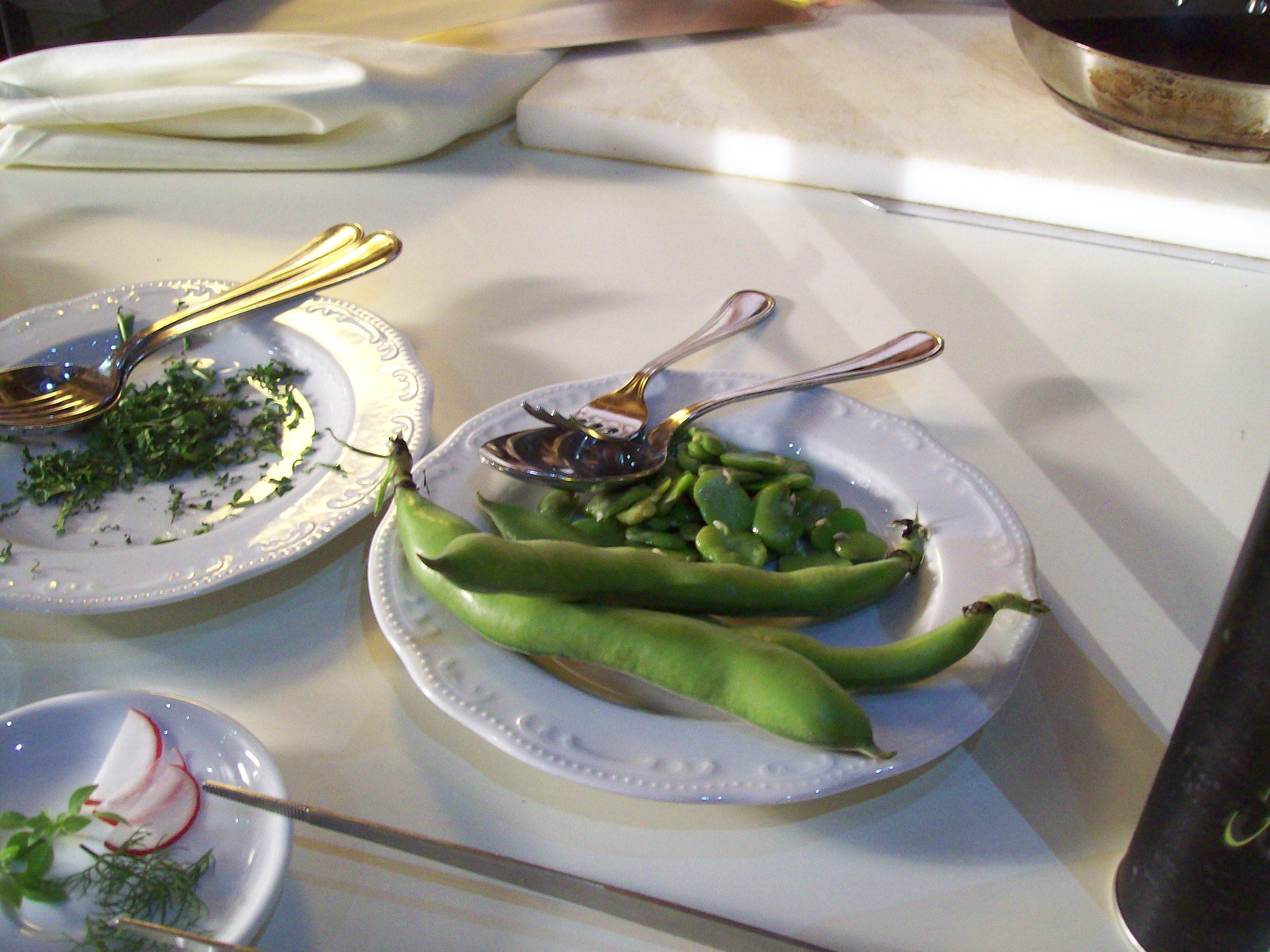 https://www.ragusanews.com//immagini_articoli/15-04-2016/1460712874-2-la-cucina-mediterranea-incontro-fra-tunisia-e-sicilia.jpg