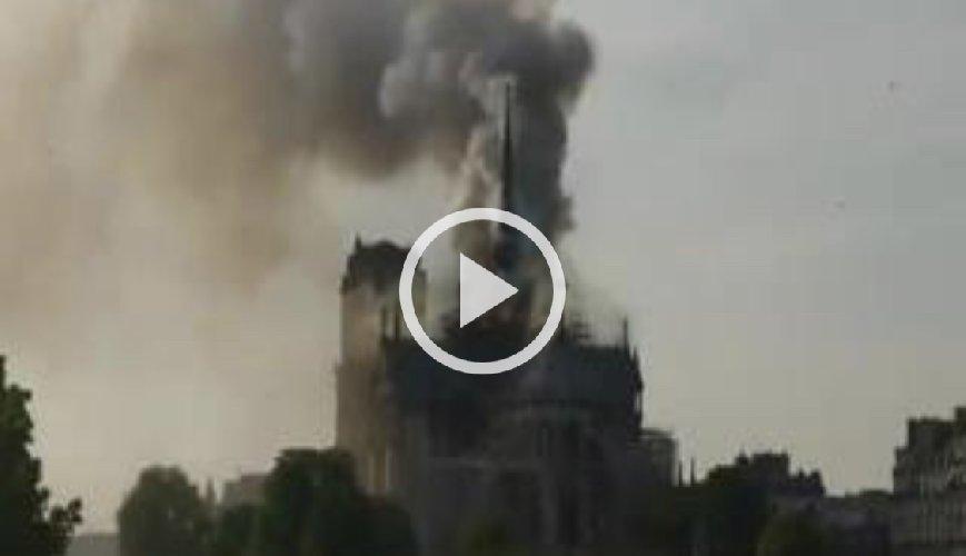 https://www.ragusanews.com//immagini_articoli/15-04-2019/1555349646-incendio-cattedrale-notre-dame-parigi-1-500.jpg
