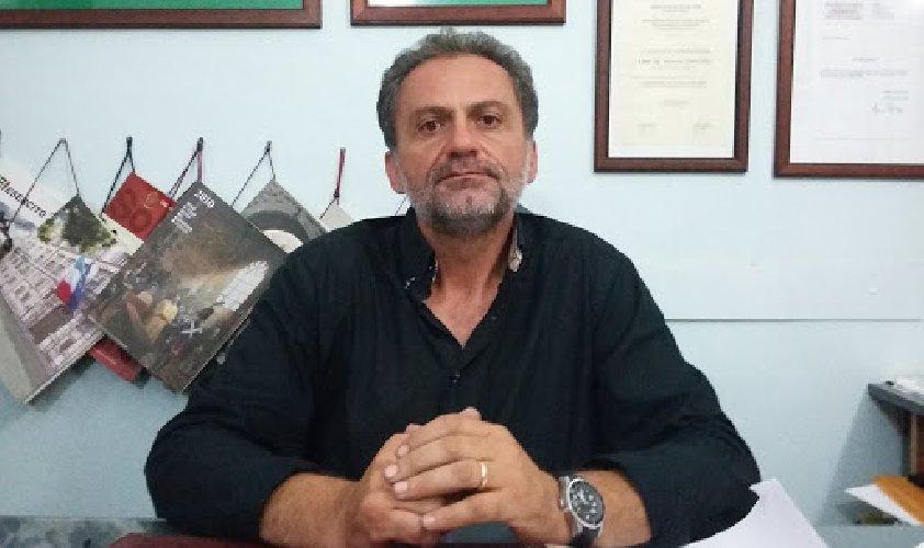 https://www.ragusanews.com//immagini_articoli/15-04-2021/ing-dimartino-ho-un-solo-incarico-dall-asp-di-ragusa-500.jpg