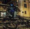 https://www.ragusanews.com//immagini_articoli/15-04-2021/sirante-e-tornato-in-bici-intervista-esclusiva-al-banksy-italiano-video-100.jpg