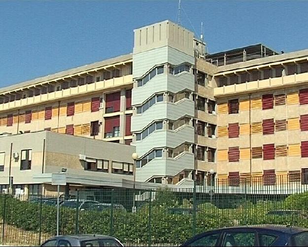 https://www.ragusanews.com//immagini_articoli/15-05-2012/modica-morto-in-ospedale-dopo-ulcera-21-indagati-al-maggiore-500.jpg