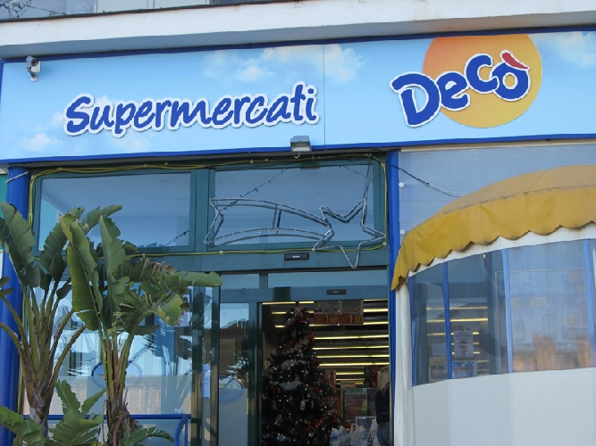 https://www.ragusanews.com//immagini_articoli/15-05-2016/i-supermercati-ex-coop-diventano-deco-500.jpg