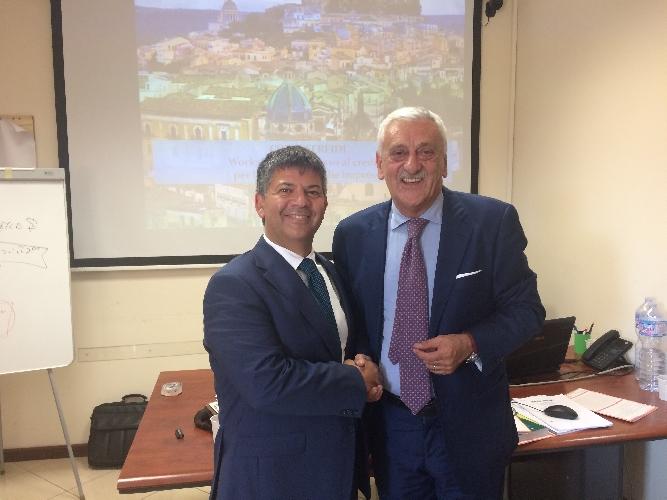 http://www.ragusanews.com//immagini_articoli/15-05-2017/confeserfidi-partnership-frigiolinipartners-merchant-500.jpg