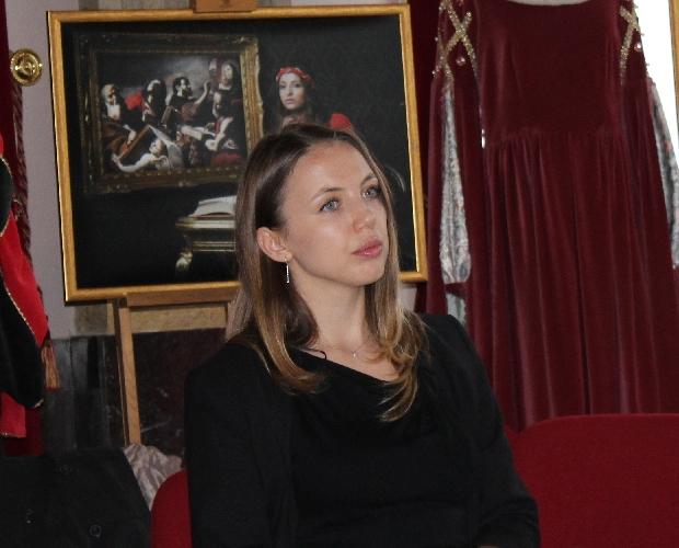 http://www.ragusanews.com//immagini_articoli/15-05-2017/natalia-sokolova-cristina-mocanu-concerto-palazzo-spadaro-500.jpg