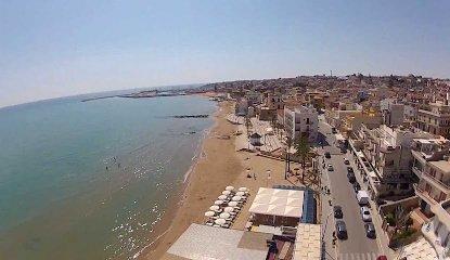 https://www.ragusanews.com//immagini_articoli/15-05-2018/marina-ragusa-orde-vandali-movida-weekend-240.jpg