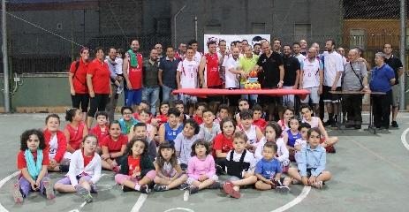 http://www.ragusanews.com//immagini_articoli/15-06-2017/basket-domenico-savio-festeggia-anni-240.jpg