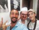https://www.ragusanews.com//immagini_articoli/15-06-2019/brumotti-compie-gli-anni-e-festeggia-con-le-torte-di-scicli-100.jpg