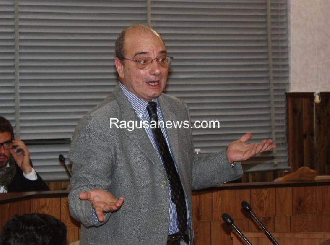 https://www.ragusanews.com//immagini_articoli/15-07-2013/pippo-digiacomo-pizzo-dei-medici-sulle-liste-dattesa-500.jpg
