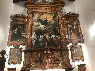 http://www.ragusanews.com//immagini_articoli/15-07-2017/mistero-trittico-ragusa-240.jpg