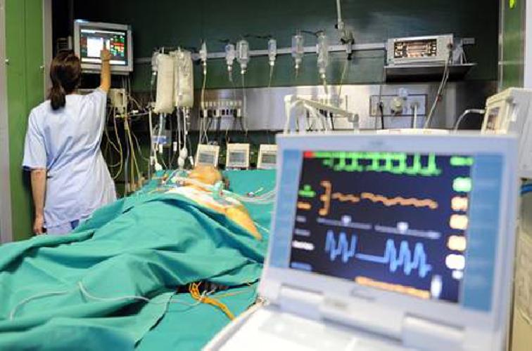 http://www.ragusanews.com//immagini_articoli/15-07-2017/operato-polmone-16enne-vittima-incidente-500.jpg