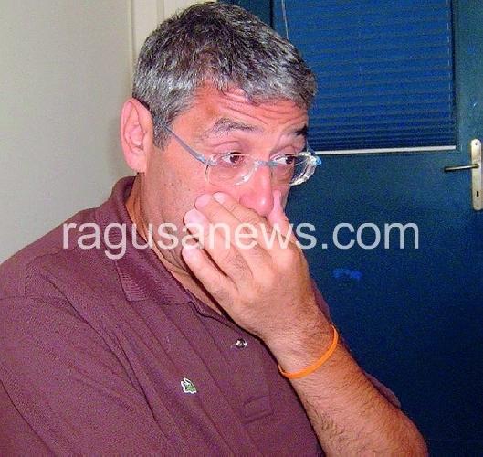 http://www.ragusanews.com//immagini_articoli/15-08-2011/toto-cuffaro-in-carcere-la-mia-anima-e-libera-500.jpg