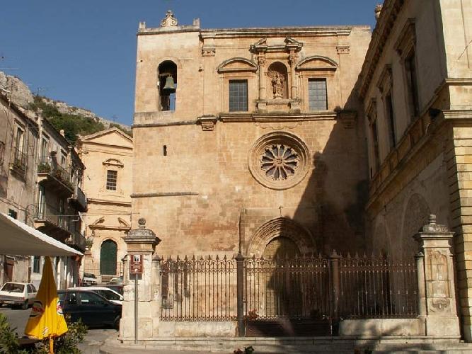 https://www.ragusanews.com//immagini_articoli/15-09-2014/san-paolo-quartiere-invivibile-500.jpg