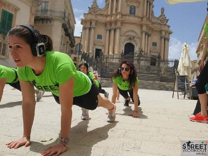 https://www.ragusanews.com//immagini_articoli/15-09-2018/street-workout-marina-ragusa-500.jpg