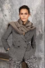 https://www.ragusanews.com//immagini_articoli/15-09-2020/1600198920-moda-autunno-inverno-2020-21-le-tendenze-per-la-stagione-fredda-1-240.jpg