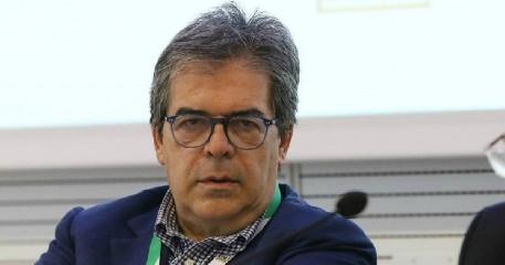 https://www.ragusanews.com//immagini_articoli/15-09-2020/buco-di-bilancio-catania-bianco-condannato-a-risarcimento-e-interdetto-240.jpg