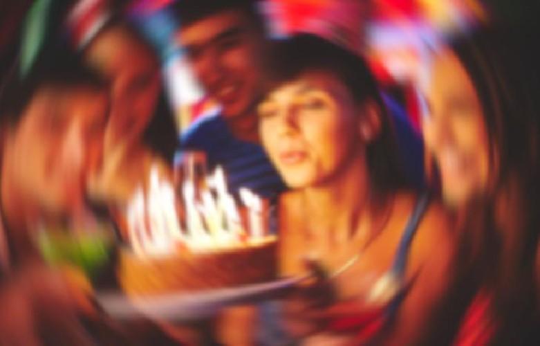 https://www.ragusanews.com//immagini_articoli/15-09-2020/covid-vanno-a-un-compleanno-e-si-contagiano-in-6-c-e-neonato-500.jpg