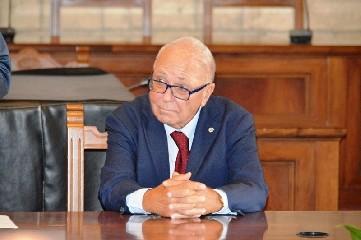 https://www.ragusanews.com//immagini_articoli/15-09-2020/e-morto-il-grande-etruscologo-mario-torelli-viveva-a-scicli-240.jpg
