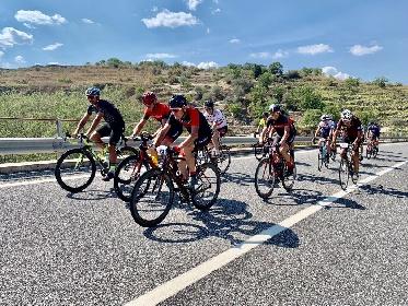https://www.ragusanews.com//immagini_articoli/15-09-2021/ciclismo-il-giro-della-sicilia-a-modica-scicli-e-ragusa-ibla-280.jpg