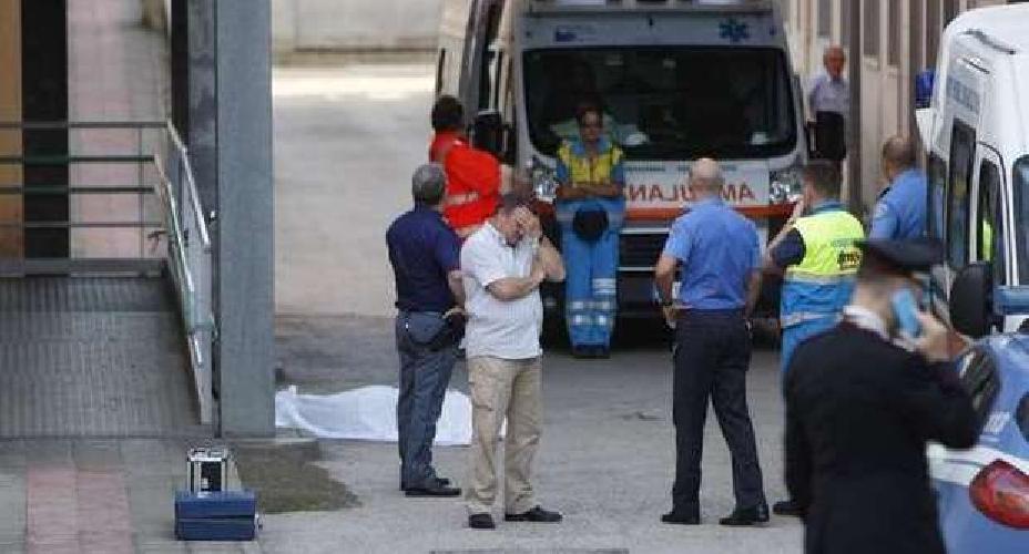 http://www.ragusanews.com//immagini_articoli/15-10-2014/vittoria-suicidio-in-ospedale-500.jpg