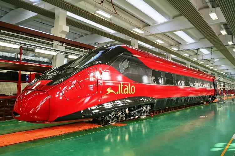 https://www.ragusanews.com//immagini_articoli/15-10-2017/italo-treno-offre-lavoro-500.jpg