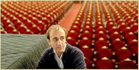 https://www.ragusanews.com//immagini_articoli/15-10-2019/jose-luis-juri-concerto-solo-piano-a-ragusa-240.jpg