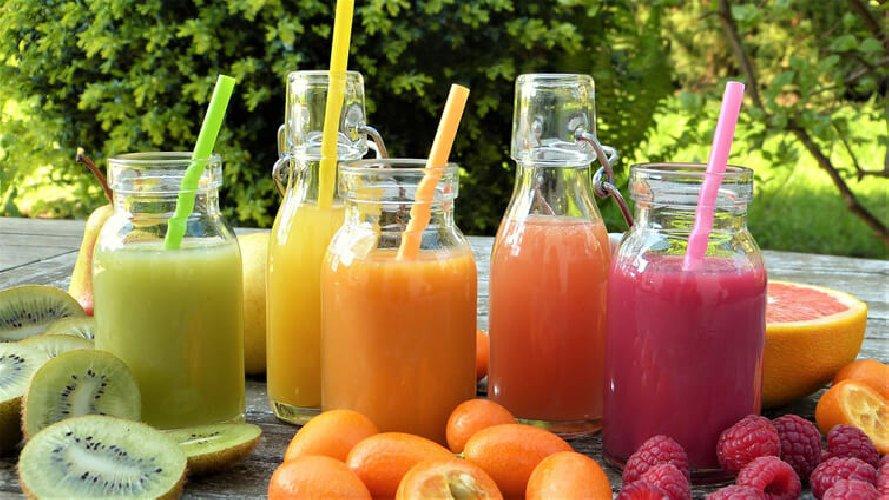 https://www.ragusanews.com//immagini_articoli/15-10-2020/la-dieta-depurativa-dimagrante-schema-e-menu-settimanale-500.jpg