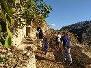 https://www.ragusanews.com//immagini_articoli/15-10-2020/le-vie-dei-tesori-occasione-per-visitare-le-grotte-di-chiafura-100.jpg