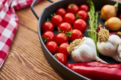 https://www.ragusanews.com//immagini_articoli/15-10-2021/dieta-mediterranea-il-menu-settimanale-facile-per-perdere-peso-280.jpg