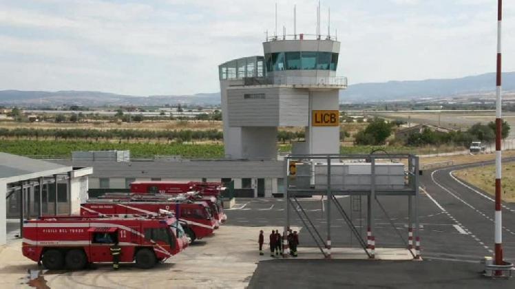 http://www.ragusanews.com//immagini_articoli/15-11-2016/misure-a-sostegno-degli-aeroporti-di-comiso-e-trapani-420.jpg