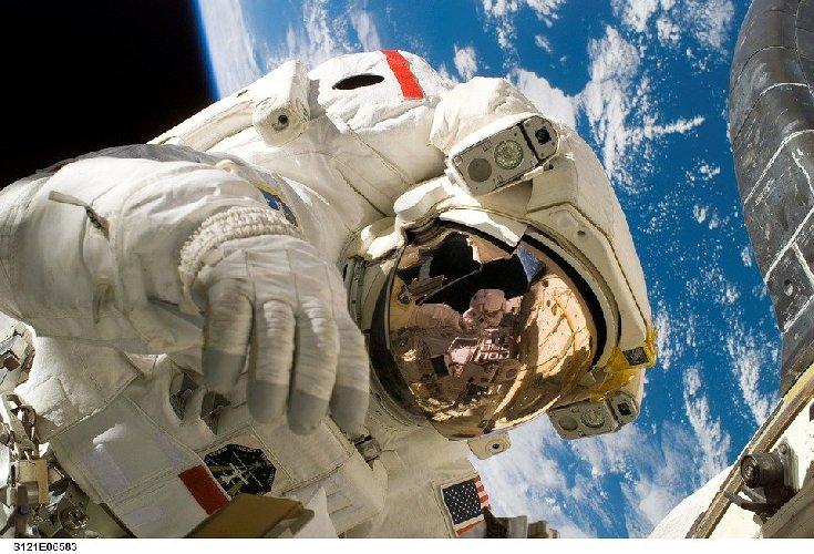 https://www.ragusanews.com//immagini_articoli/15-11-2019/nutrizione-dimagrire-con-la-dieta-astronauta-500.jpg