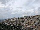 https://www.ragusanews.com//immagini_articoli/15-11-2019/per-scoprire-il-miele-di-monterosso-almo-si-festeggia-lautunno-diffuso-100.jpg