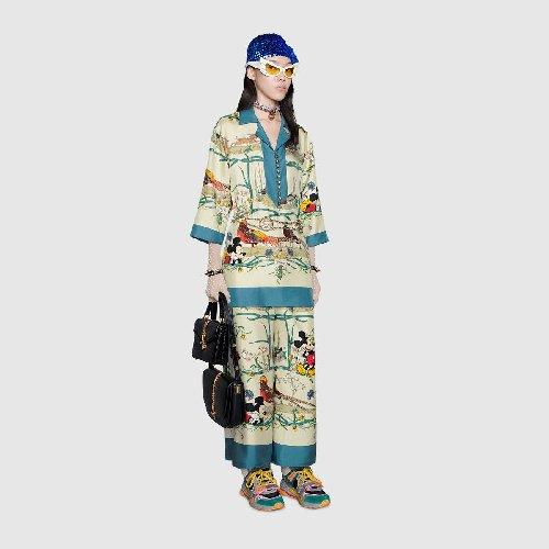 https://www.ragusanews.com//immagini_articoli/15-11-2020/1605458472-pigiama-la-divisa-dell-autunno-2020-1-500.jpg