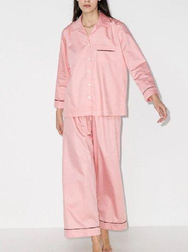 https://www.ragusanews.com//immagini_articoli/15-11-2020/1605458472-pigiama-la-divisa-dell-autunno-2020-5-500.jpg