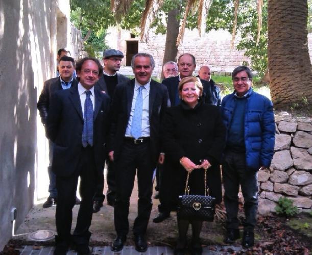 https://www.ragusanews.com//immagini_articoli/15-12-2014/l-on-ragusa-apriamo-il-convento-della-croce-500.jpg