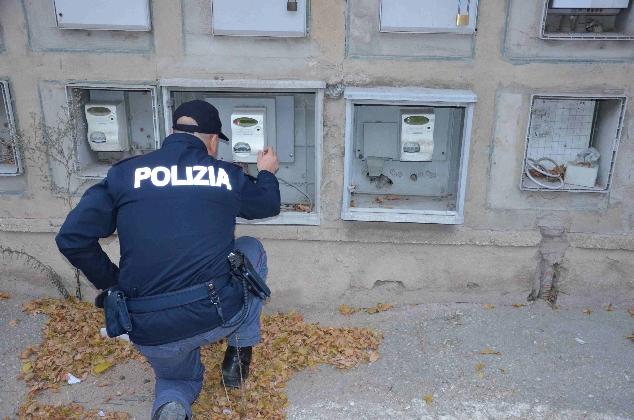http://www.ragusanews.com//immagini_articoli/15-12-2016/furto-di-energia-elettrica-arrestato-uomo-di-66-anni-420.jpg