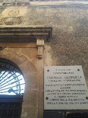 https://www.ragusanews.com//immagini_articoli/15-12-2019/1576417843-castello-di-modica-e-dintorni-luoghi-di-poesia-6-240.jpg