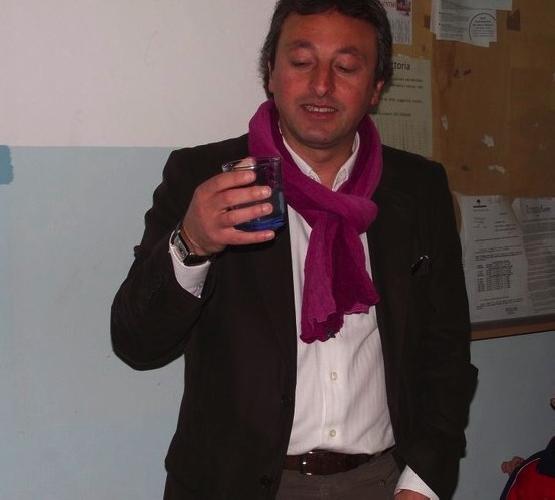 http://www.ragusanews.com//immagini_articoli/16-01-2014/pippo-nicosia-ancora-aspetto-il-premio-dalla-regione-500.jpg