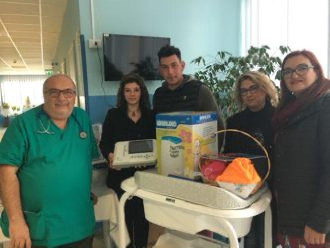 http://www.ragusanews.com//immagini_articoli/16-01-2018/donazione-maggiore-modica-figlio-morto-malattia-rara-500.jpg