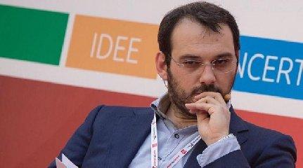 http://www.ragusanews.com//immagini_articoli/16-01-2018/paolo-borrometi-candido-faccio-giornalista-240.jpg